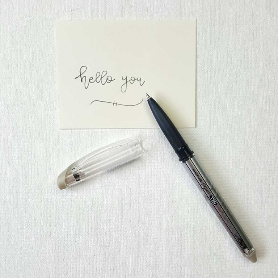 Uni-ball Signo uitgumbare pen