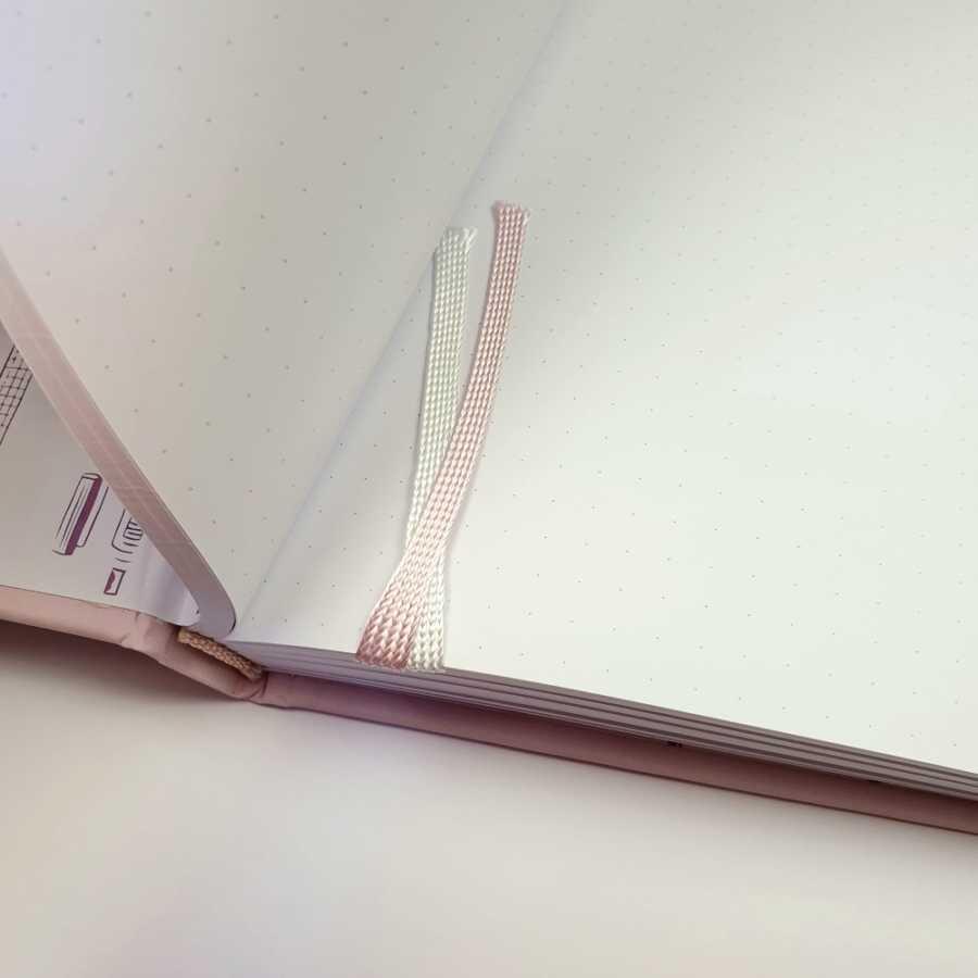 Bulletjournal gouden lijntjes roze romantic lint