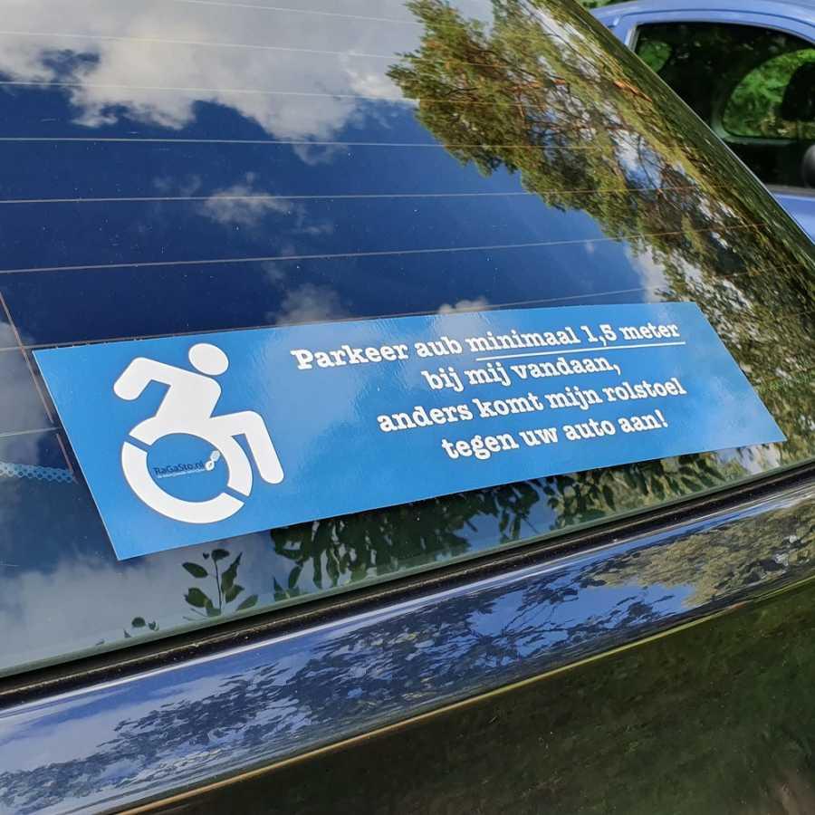 Rolstoel-sticker-voor-op-auto-afstand-houden-wit